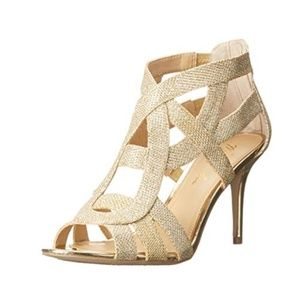 MARC FISHER Nala Gold Strappy Sandals 9M